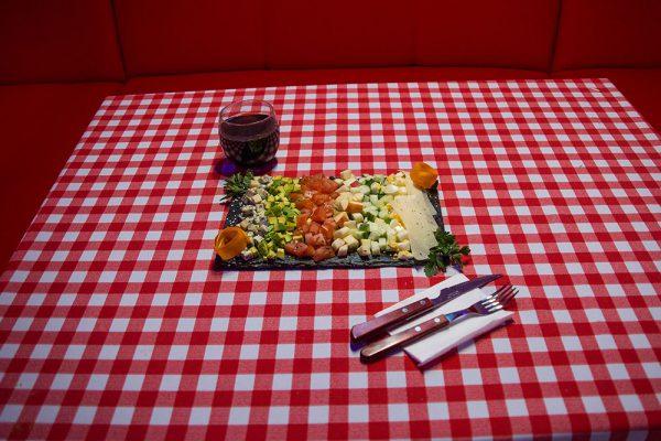 american-restaurant-tarnow-salatka